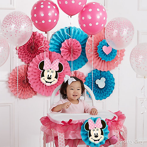 Minnie First Birthday Fan Backdrop