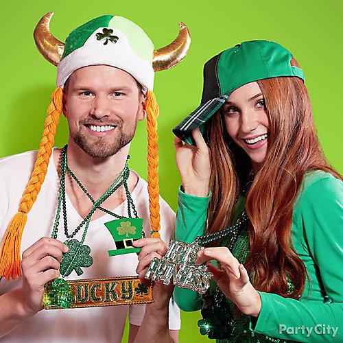 St. Patricks Day Bead Necklaces Idea